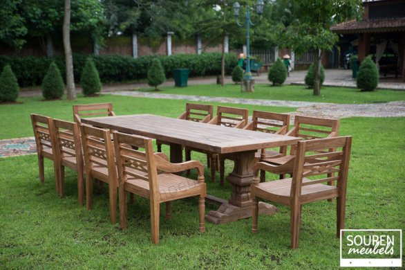 Outdoor refectory table 300x100 + 12 gardenchairs - Picture 0