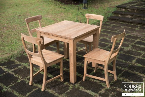 Teak table 80x80 + 4 chairs - Picture 0