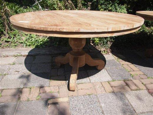 Round teak table Ø 130 cm - Picture 0