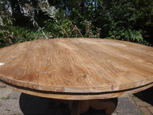 Round teak table Ø 140 cm - Picture 2