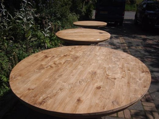 Round teak table Ø 170 cm - Picture 4
