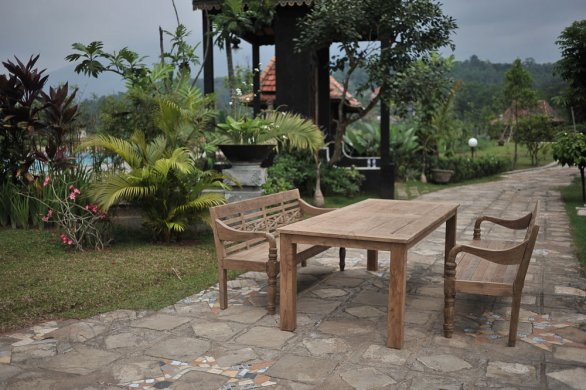 Teak garden table 240 x 100 cm - Picture 5