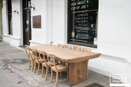 Suar diningtable + 8 chairs