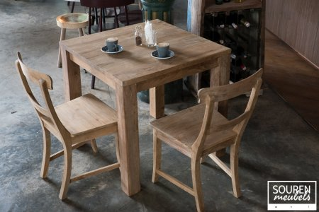 Teak table 80x80 + 2 chairs