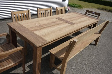 Teak garden table 260 x 100 cm