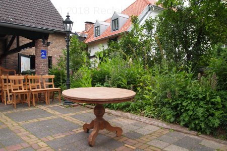 Round teak table Ø 120 cm reclaimed