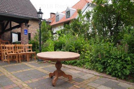 Round teak table Ø 120 cm reclaimed