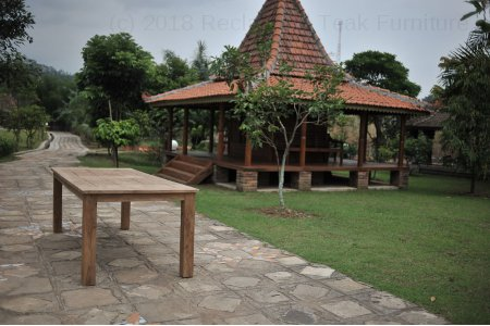 Teak garden table 240 x 100 cm